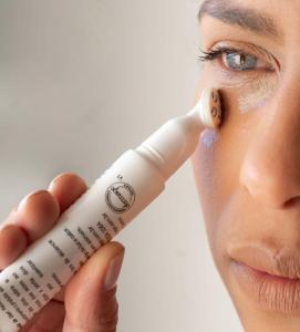 k-beauty: a importancia do creme para os olhos